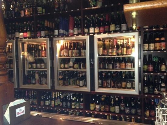 Cafe Botteltje: behind the bar