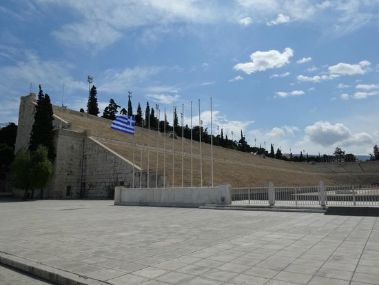 Panathenaic Stadium: パナシナイコ スタジアム