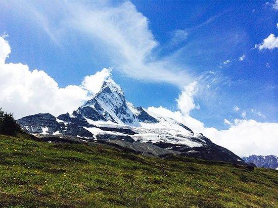 The Matterhorn: Along the trail to Stafel.