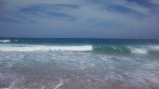Hilton Singer Island Oceanfront/Palm Beaches Resort: The beautiful ocean