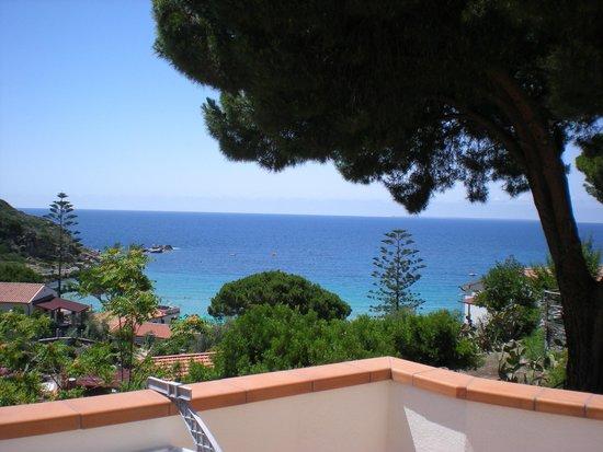 Hotel Baia Imperiale-Elba : vista dalla terrazza della stanza