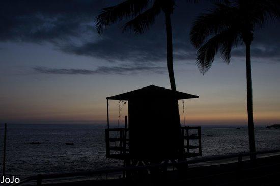 Sol La Palma Hotel by Melia : het hutje van de strandwachters 's avonds