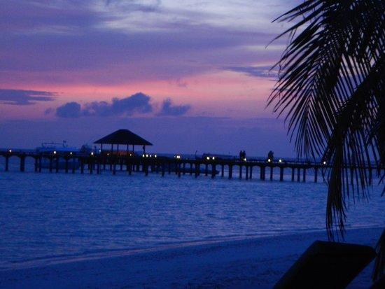 The Sun Siyam Iru Fushi Maldives: Sonnenuntergang