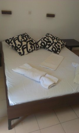 Hotel Vaya: The bed.
