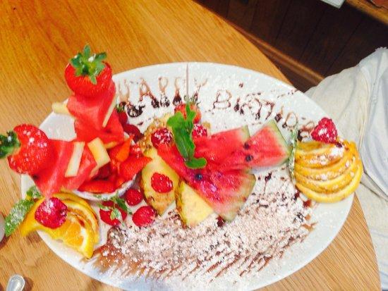 Barcode Ristorante : Amazing birthday fruit platter!
