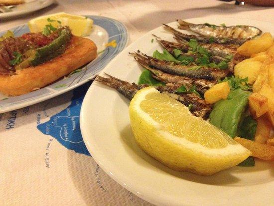 Alkyona Sunset Restaurant: Fried fish