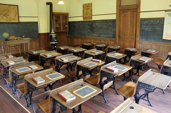 Madison Morgan Cultural Center: Restored classroom