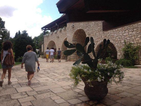 Masseria Mofetta: L'ingresso della masseria