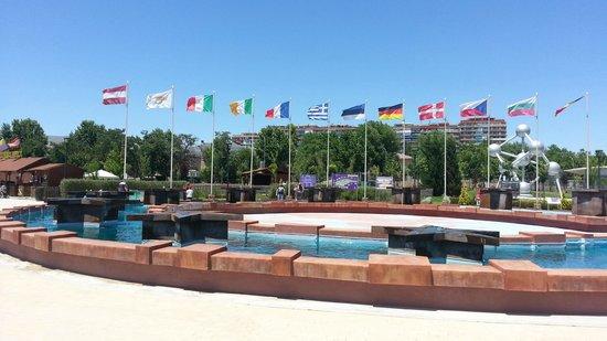 Plaza fotograf a de parque europa torrej n de ardoz for Chalets en torrejon de ardoz