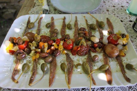 Terra Rossa Di Casiraghi Eliana E Sabrina: Delicious Anchovies