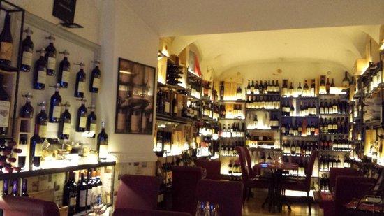 Ad Hoc: Restaurant