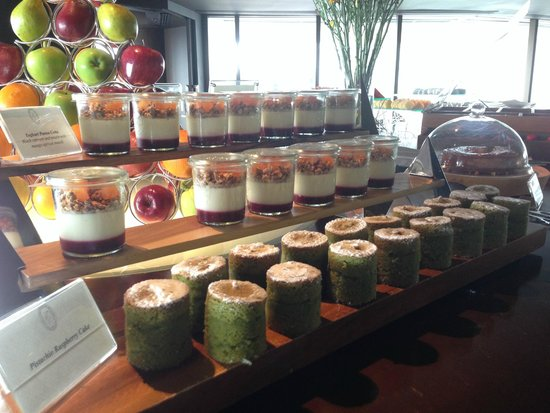 Tower Club at Lebua : Afternoon tea from Club Lounge, so many choices