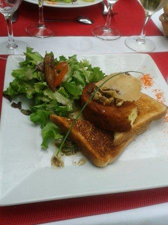 Bistrot des Girondins : Camembert aux noix
