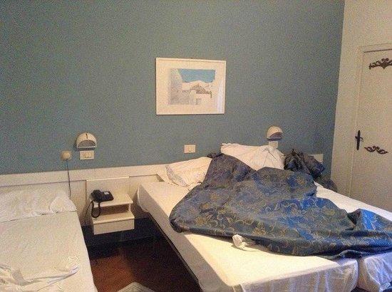 Maremonti: Кровати в размере 3 штук