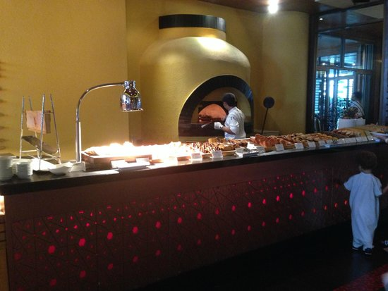 Tower Club at Lebua : Wood oven to toast your bread!