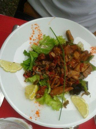 Bistrot des Girondins : Salade de sèches à l'espagnole