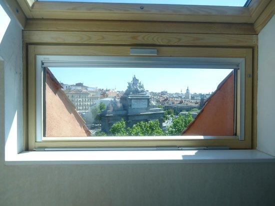 Hotel Puerta de Toledo: Vue sur Puerta de Toledo