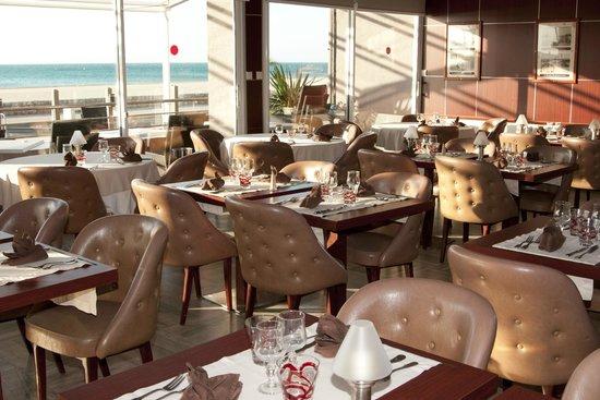 Hotel Mediterranee Port-La-Nouvelle : Salle du restaurant
