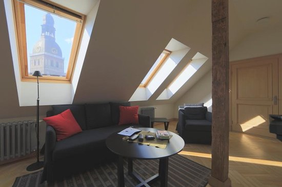 Neiburgs Hotel : View Dome from Living Room