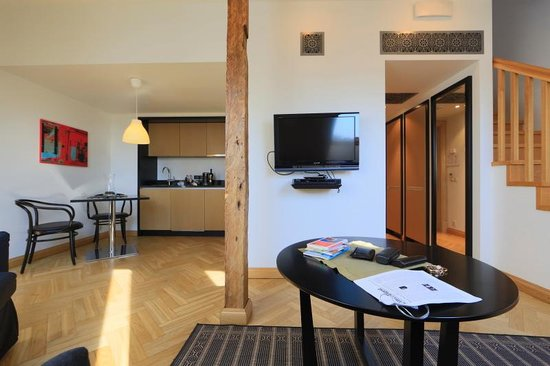 Neiburgs Hotel : Living room with kitchenette