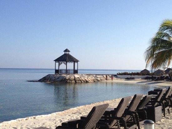 Secrets Wild Orchid Montego Bay: Gazebo where sunrise yoga/pilates classes were held