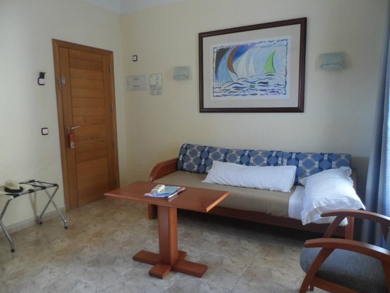 Sirenis Hotel Club Aura: Our room