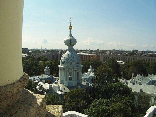 Вид со звонницы Смольного собора