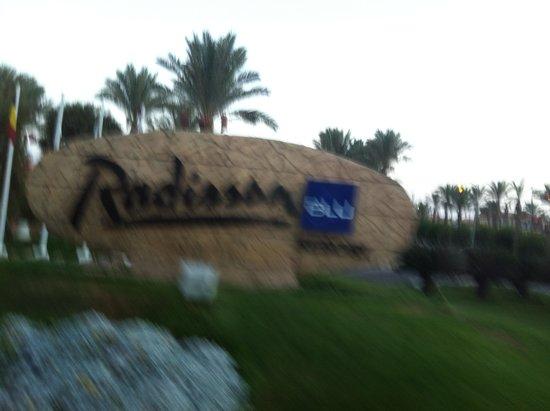 Radisson Blu Resort, Sharm El Sheikh: Front of hotel