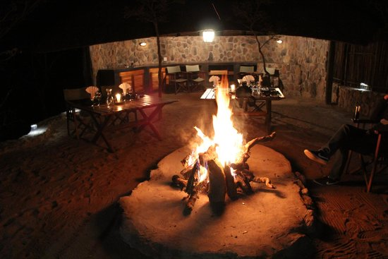 Tshwene Lodge : Boma dinner