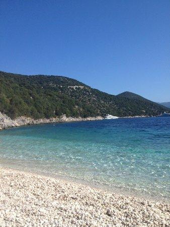 Athina Hotel: Antisamos beach
