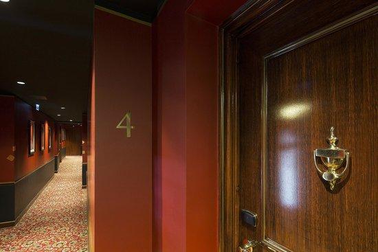 Le Belmont Hotel : Couloir