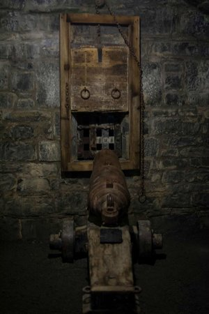 The Haunted Walk of Kingston: This cannon is found after going through a tunnel under the dry moat.
