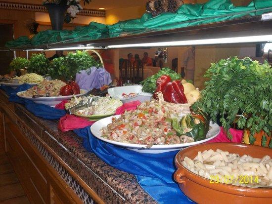 ClubHotel Riu Tropicana: une partie du buffet salades