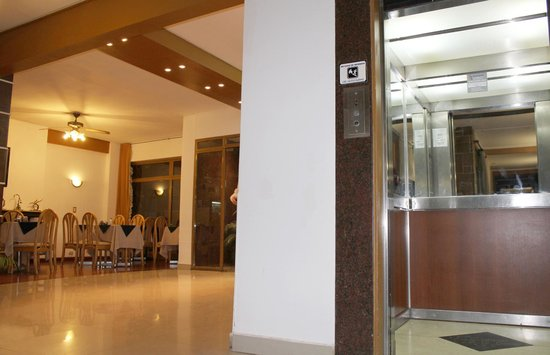 Dallas Hotel Tucuman : Hall
