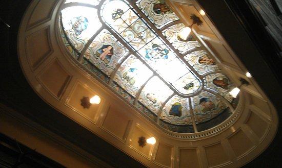 Thornton Hall Hotel & Spa: ceiling