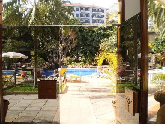Hotel Puerto de la Cruz : VISTA DESDE EL HALL