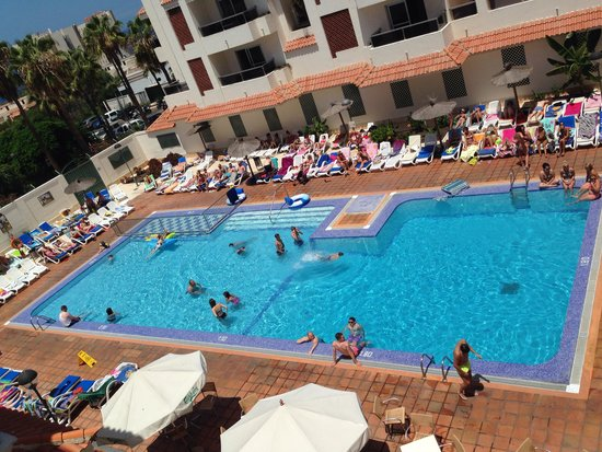 Apartamentos Oro Blanco: La piscina