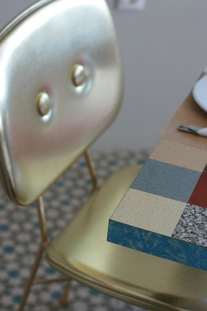 Ammos Hotel: A breakfast chair fit for a king