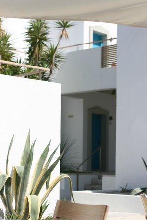 Ammos Hotel: Rooms exterior