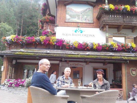 Hotel Aqua Bad Cortina: aperitito all'arrivo
