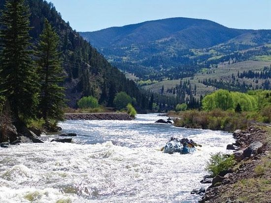 South Fork, CO: Mountain Man Rafting
