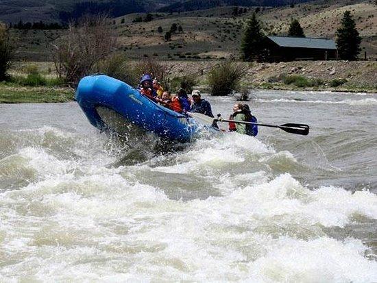 Σάουθ Φορκ, Κολοράντο: Mountain Man Rafting