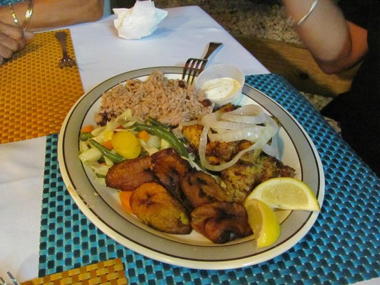 Kurt's Corner: grouper, rice and beans, fried plantains, vegetables