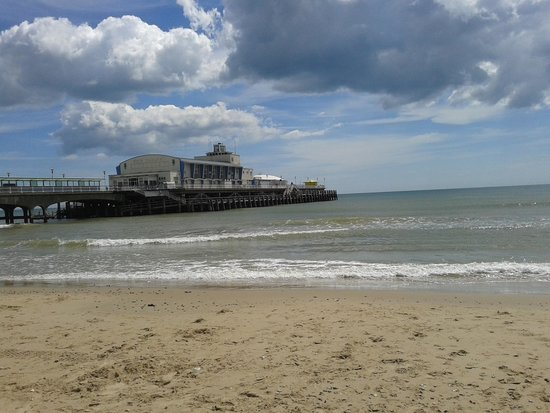 Bournemouth Beach Looking out to the Pier