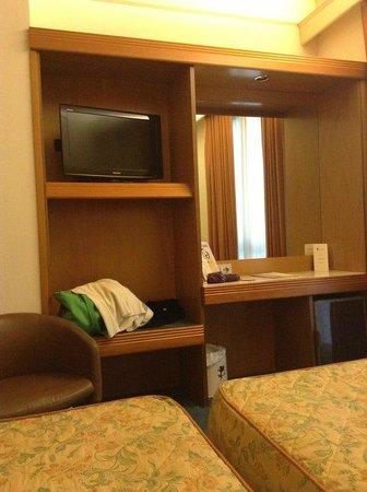Hotel Grifone Firenze : Номер достаточно просторный и новый