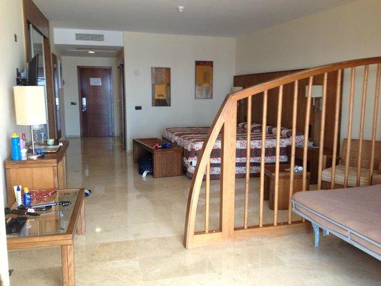Gloria Palace Royal Hotel & Spa: Spacious