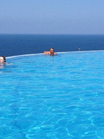 Gloria Palace Royal Hotel & Spa: infinity pool very clean amazing views