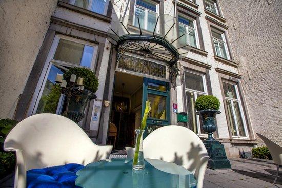 Hotel de Pauwenhof: entree