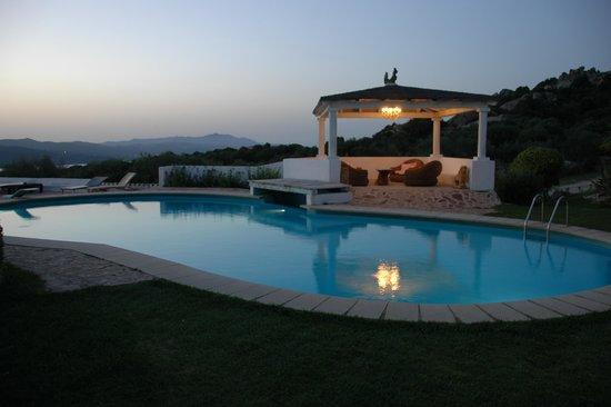 Hotel S'Astore : belle piscine