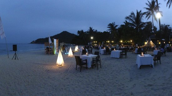 New Star Beach Resort : BBQ on the beach